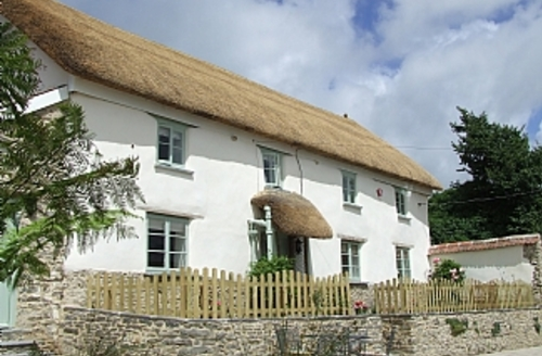 Snaptrip - Last minute cottages - Adorable Barnstaple Cottage S1667 - Sweet Bay Cottage Exterior