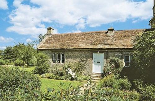 Snaptrip - Last minute cottages - Attractive Bath Cottage S20019 -