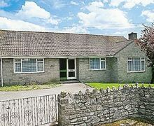 Snaptrip - Last minute cottages - Stunning Chard Cottage S20082 -