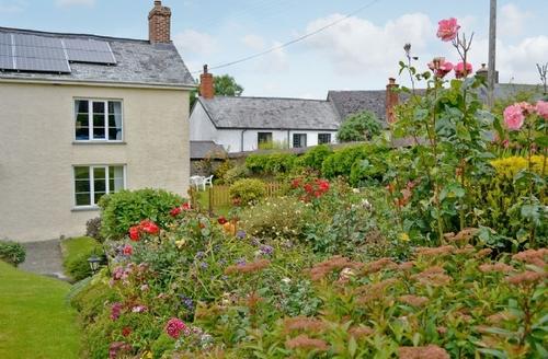 Snaptrip - Last minute cottages - Cosy Dulverton Cottage S20104 -
