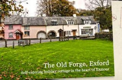 Snaptrip - Last minute cottages - Superb Minehead Cottage S1683 - Picture Perfect 'The Old Forge' Cottage