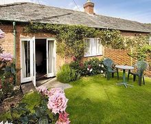 Snaptrip - Last minute cottages - Superb Taunton And The Quantocks Cottage S20241 -