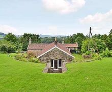 Snaptrip - Last minute cottages - Stunning Wells Cottage S20306 -