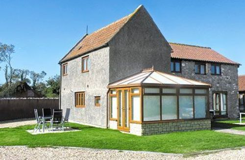 Snaptrip - Last minute cottages - Captivating Weston Super Mare Cottage S20331 -