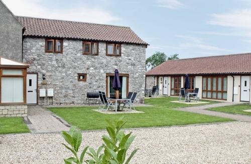 Snaptrip - Last minute cottages - Tasteful Weston Super Mare Cottage S20333 -