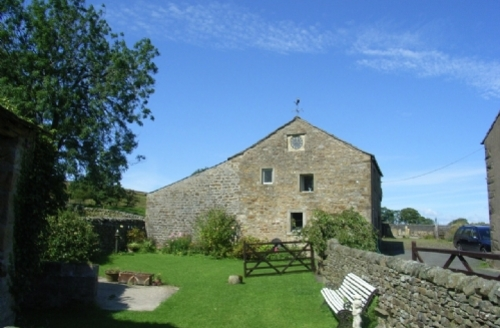 Snaptrip - Last minute cottages - Inviting  Cottage S1715 - The Old Granary, Manor House Cottages, Bolton By Bowland, Cottage Holiday Group