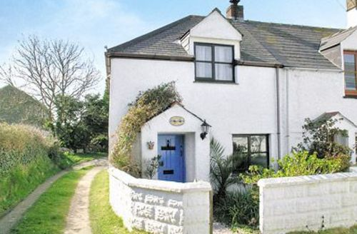 Snaptrip - Last minute cottages - Attractive Newquay Cottage S20571 -