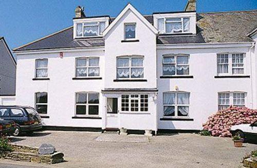 Snaptrip - Last minute cottages - Delightful Newquay Cottage S20600 -