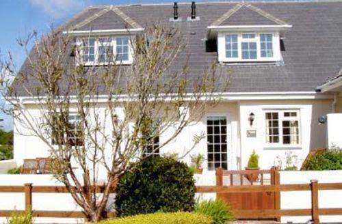 Snaptrip - Last minute cottages - Tasteful Padstow Cottage S20629 -