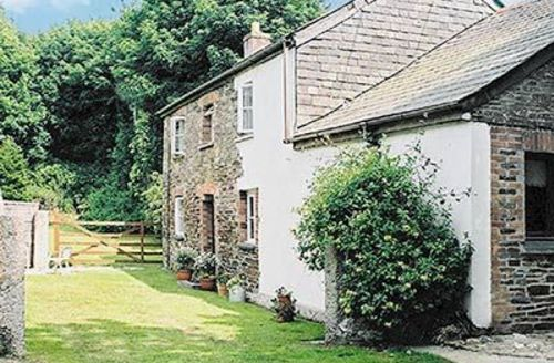 Snaptrip - Last minute cottages - Tasteful Padstow Cottage S20667 -