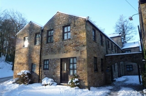 Snaptrip - Last minute cottages - Quaint  Den S1743 - Millers Den, Self catering luxury apartment at Wolfen Mill in the Forest of Bowland Cottage Holiday Group