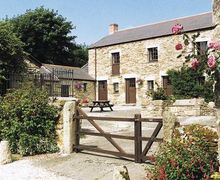 Snaptrip - Last minute cottages - Stunning Portreath Cottage S20769 -