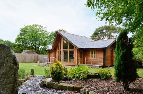 Snaptrip - Last minute cottages - Gorgeous St Columb Major Lodge S20818 -