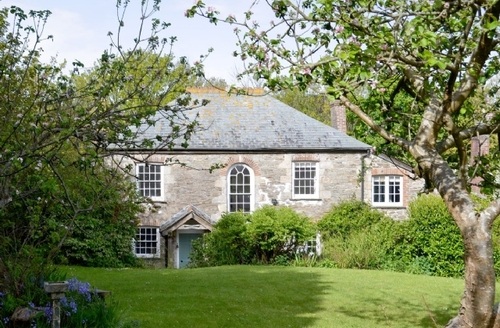 Snaptrip - Last minute cottages - Cosy St Columb Major Cottage S20820 -