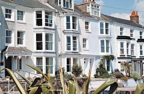 Snaptrip - Last minute cottages - Inviting Falmouth Cottage S20876 -
