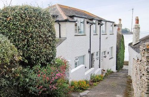 Snaptrip - Last minute cottages - Cosy Falmouth Cottage S20894 -