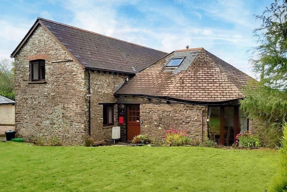 Exterior | Oak Cottage, Woolsery, near Bideford - Oak Cottage
