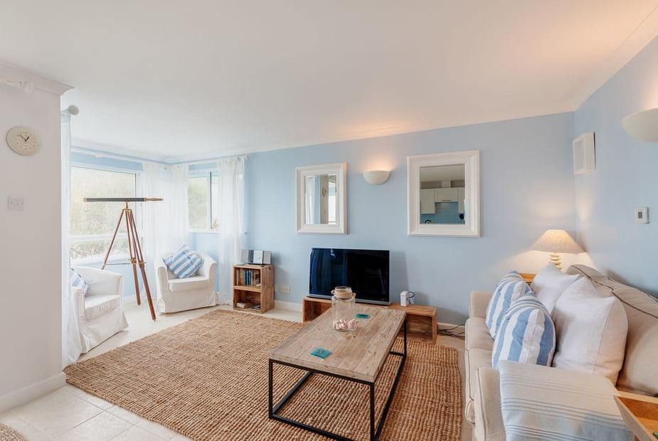 Living area | Starfish, Seaton - Seaton Beach Apartments, Seaton - Starfish