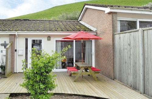 Snaptrip - Last minute cottages - Tasteful Looe Cottage S21020 -