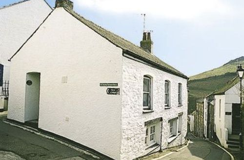 Snaptrip - Last minute cottages - Inviting Mevagissey Cottage S21072 -