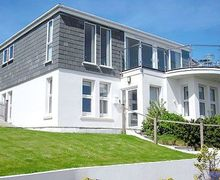 Snaptrip - Holiday cottages - Excellent Mevagissey Cottage S21086 -