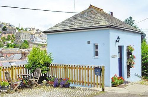 Snaptrip - Last minute cottages - Tasteful Mevagissey Cottage S21087 -