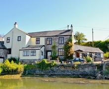 Snaptrip - Last minute cottages - Stunning Saltash Cottage S21113 -