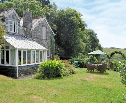 Splendid st austell cottage s21129 toms cottage st for Country cottage kennel