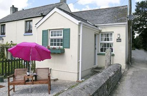 Snaptrip - Last minute cottages - Inviting St Austell Cottage S21140 -