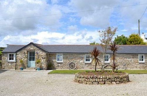 Snaptrip - Last minute cottages - Inviting Marazion Cottage S21232 -