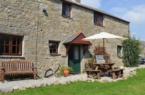Snaptrip - Last minute cottages - Captivating Sennen Cottage S21293 -