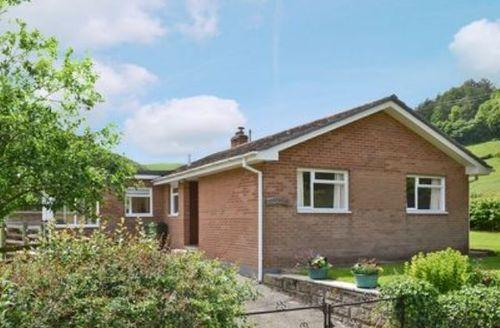 Snaptrip - Last minute cottages - Adorable Knighton Cottage S21374 -