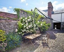 Snaptrip - Last minute cottages - Gorgeous Presteigne Cottage S21434 -