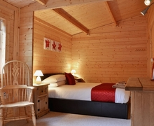 Snaptrip - Last minute cottages - Splendid Newtown Lodge S21435 -