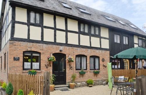 Snaptrip - Last minute cottages - Captivating Presteigne Cottage S21445 -