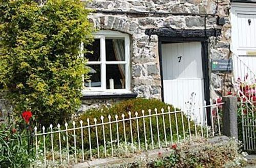 Snaptrip - Last minute cottages - Delightful Welshpool Cottage S21452 -