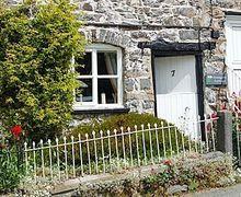 Snaptrip - Last minute cottages - Delightful Welshpool Cottage S21452 -