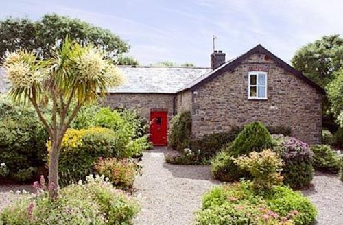 Snaptrip - Last minute cottages - Excellent Aberaeron Cottage S21483 -