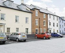 Snaptrip - Last minute cottages - Delightful Abergavenny Apartment S21615 -