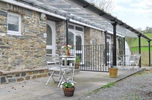 Snaptrip - Last minute cottages - Superb Carmarthen Cottage S21661 -