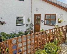 Snaptrip - Last minute cottages - Adorable Llansteffan Cottage S21747 -