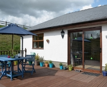 Snaptrip - Last minute cottages - Captivating Llansteffan Cottage S21757 -