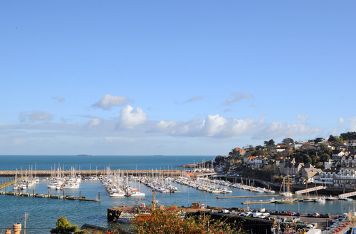 Snaptrip - Last minute cottages - Delightful Brixham Cottage S1829 - The view from the balcony and living area