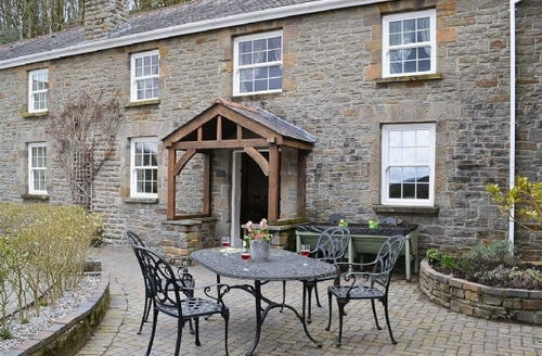 Snaptrip - Last minute cottages - Exquisite Swansea Cottage S21810 -