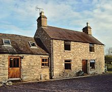 Snaptrip - Last minute cottages - Wonderful Corwen And The Berwyn Mountains Cottage S21976 -