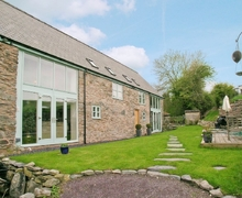 Snaptrip - Last minute cottages - Lovely Corwen And The Berwyn Mountains Cottage S21987 -