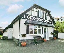 Snaptrip - Last minute cottages - Splendid Holyhead And Treaddur Bay Cottage S22083 -