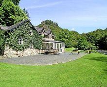 Snaptrip - Last minute cottages - Stunning Beddgelert Cottage S22183 -