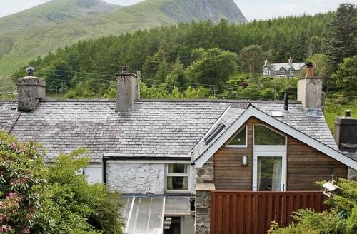 Snaptrip - Last minute cottages - Stunning Beddgelert Cottage S22188 -