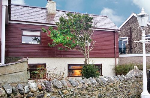 Snaptrip - Last minute cottages - Gorgeous Caernarfon Cottage S22189 -